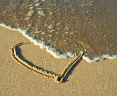 Heart In Sand 230